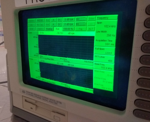 Stanford Research SR785 with a bright screen.